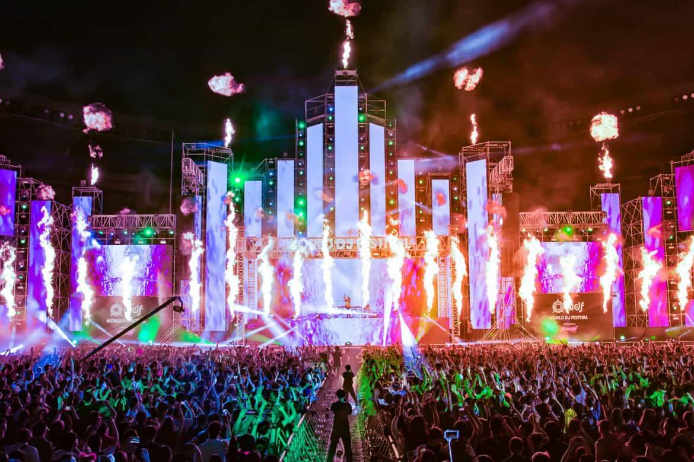 Q-dance takeover World DJ Festival